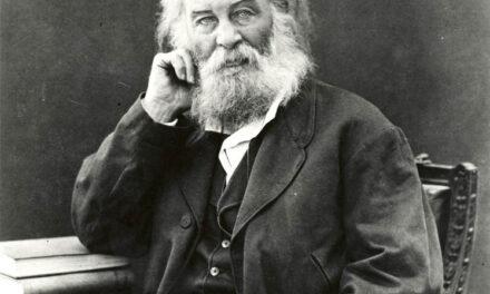 La poesia del giorno: Dall'ondeggiante oceano la folla di Walt Whitman
