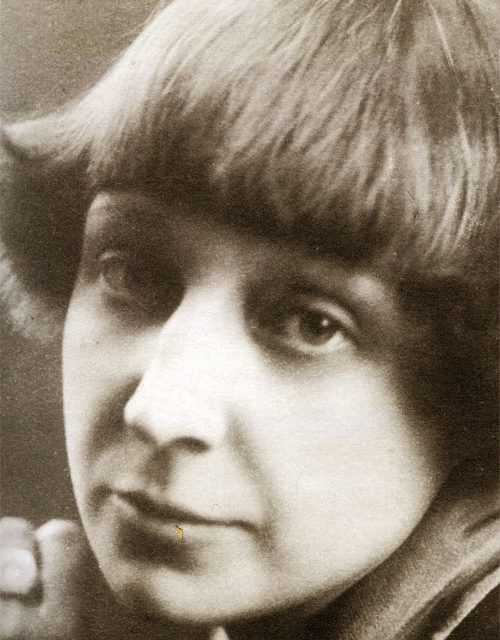 L'8 ottobre del 1892 nasceva a Mosca,Marina Ivanovna Cvetaeva
